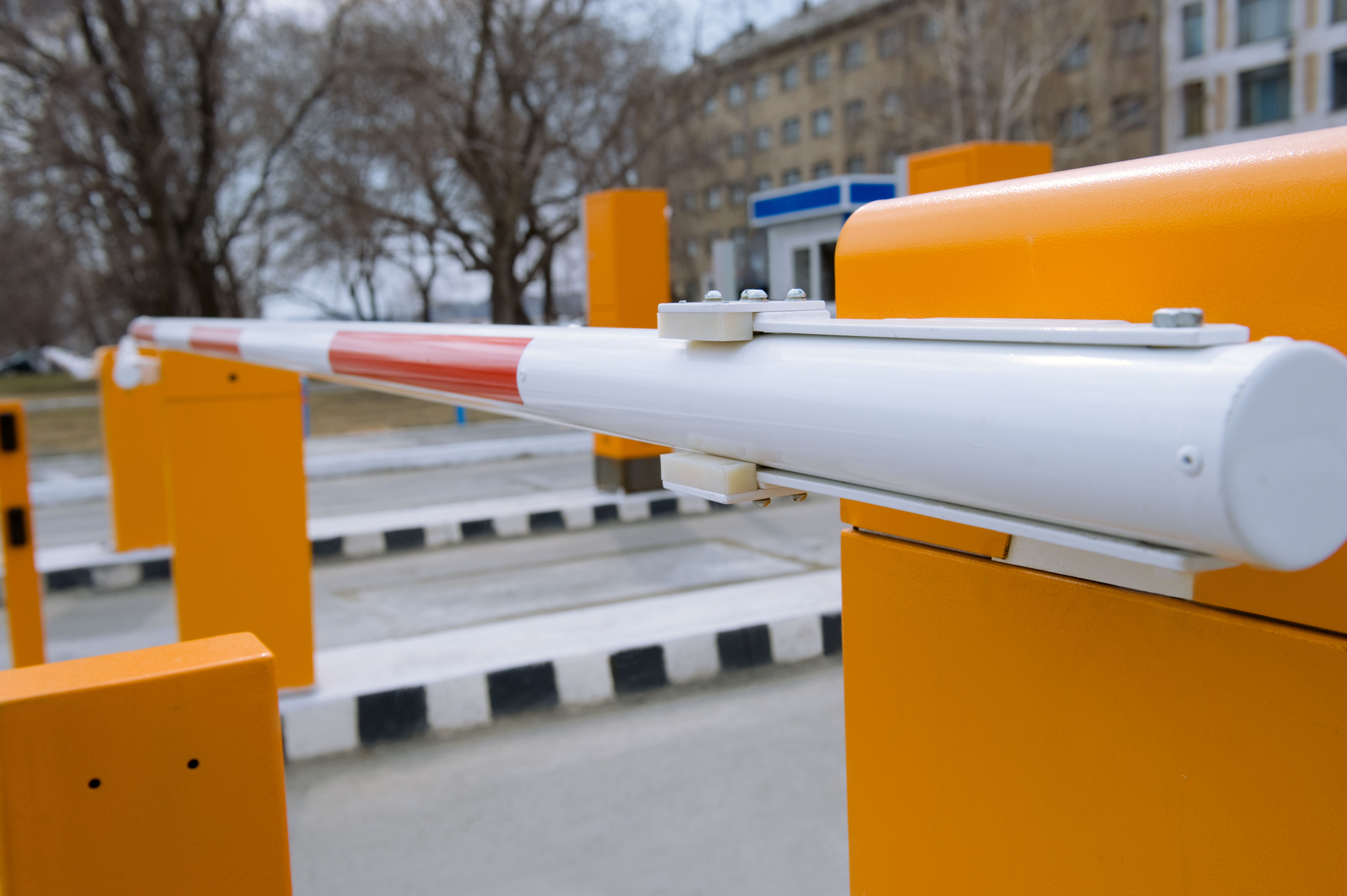 Yard access gate barrier system equipped with Coencorp's SM2 Secure technology allowing only authorized access through this checkpoint.